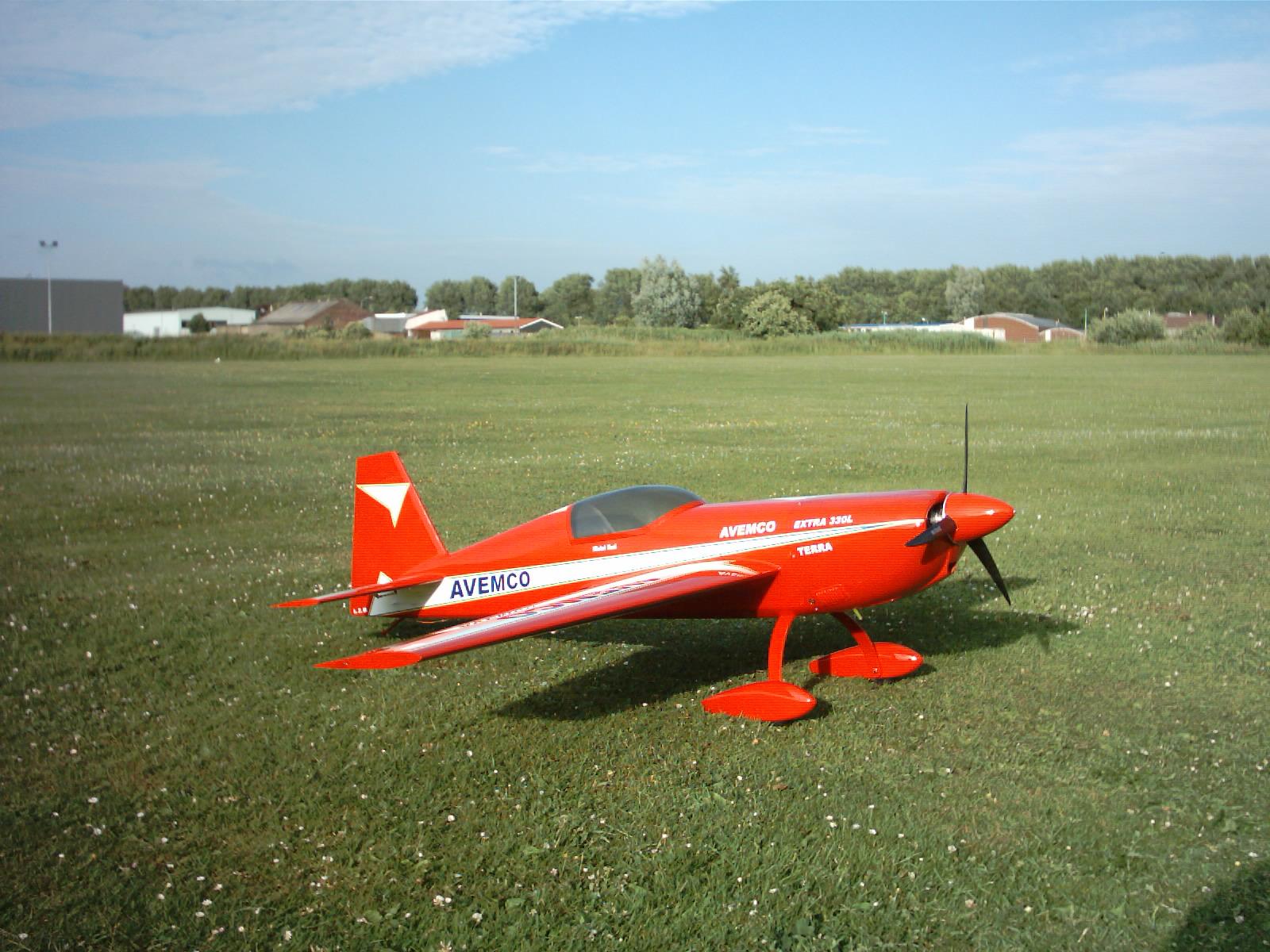 Extra300S - 2,4M (1)